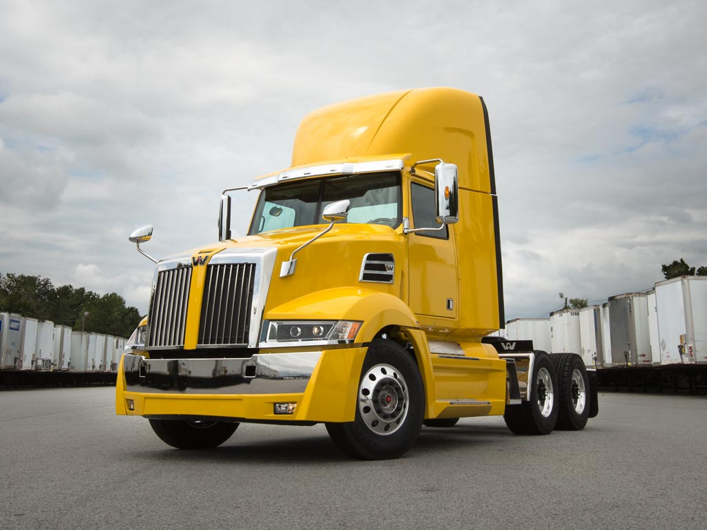 Western Star 5700xe Daycab yellow Truck