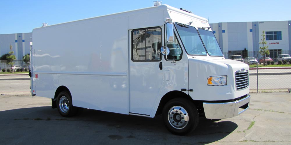 Freightliner Custom Chassis Step Van - Pick Up & Delivery Trucks
