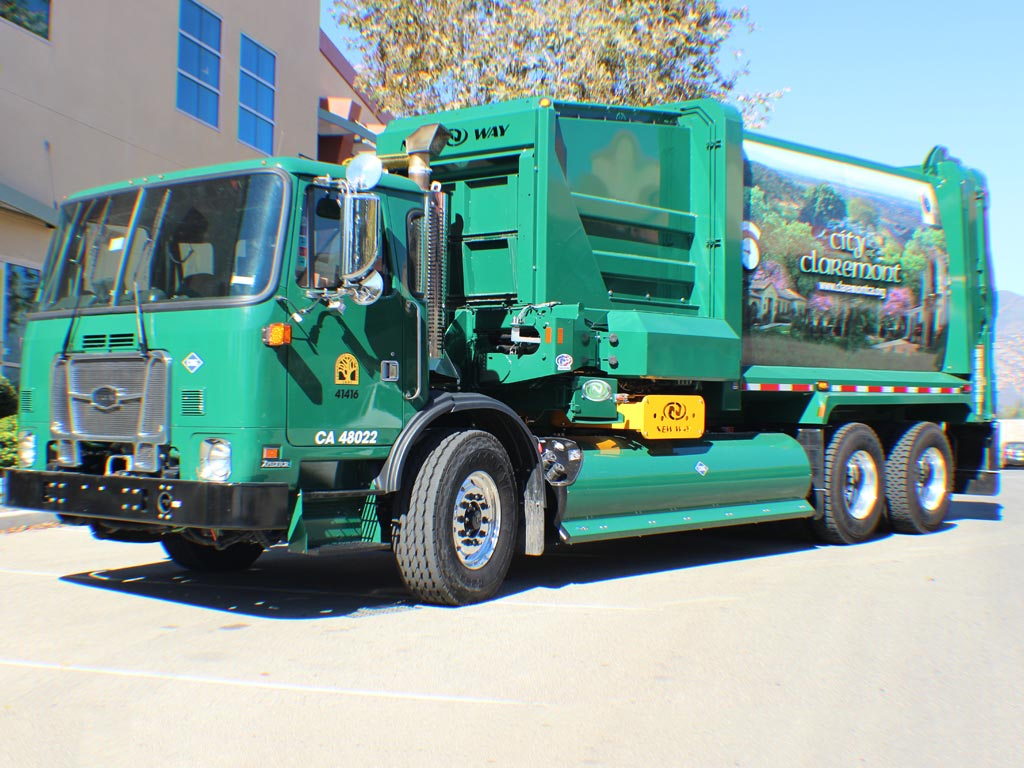 Autocar Expeditor ACX Refuse Truck
