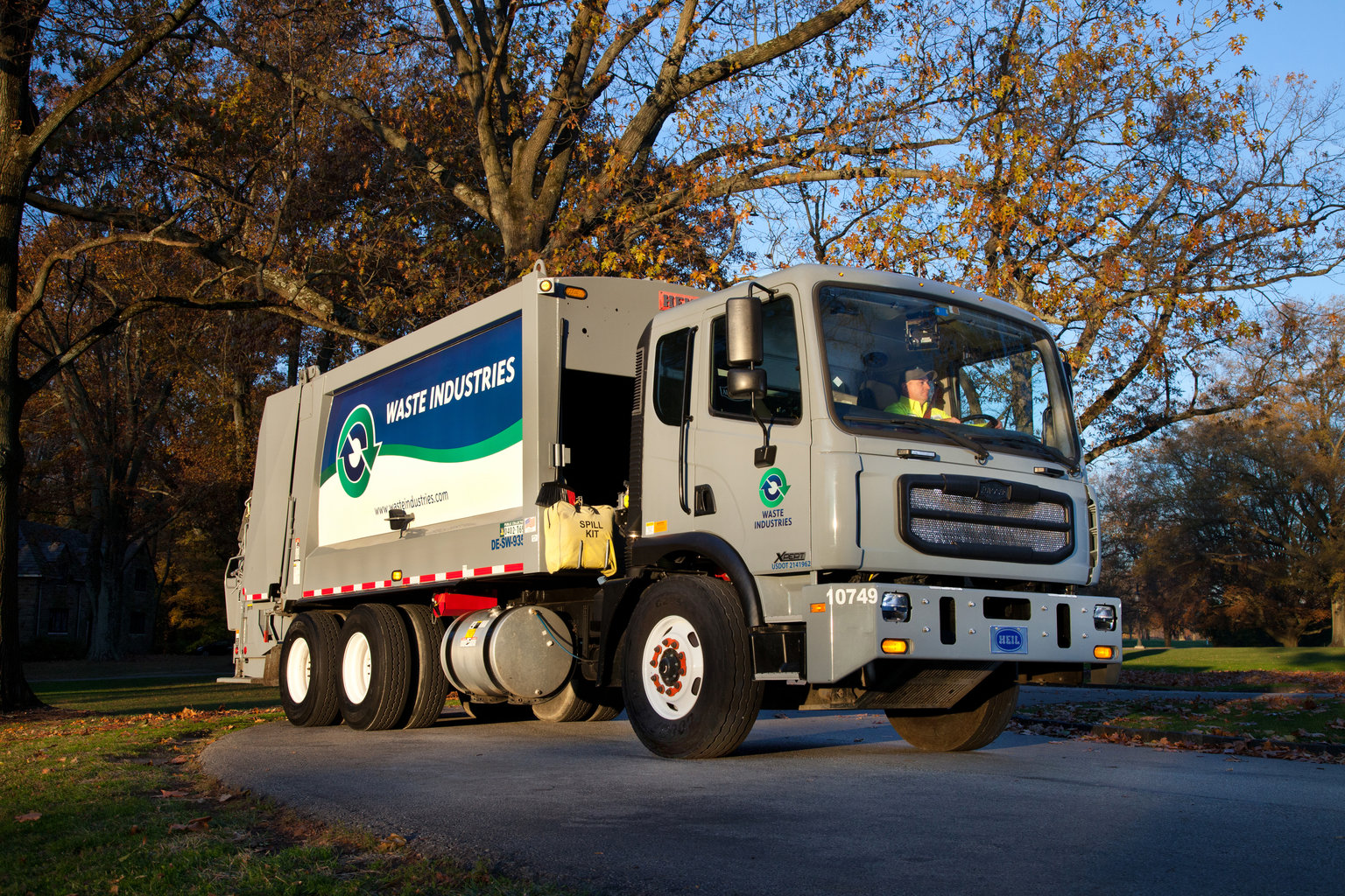 Autocar ACMD Crossan waste industries Truck