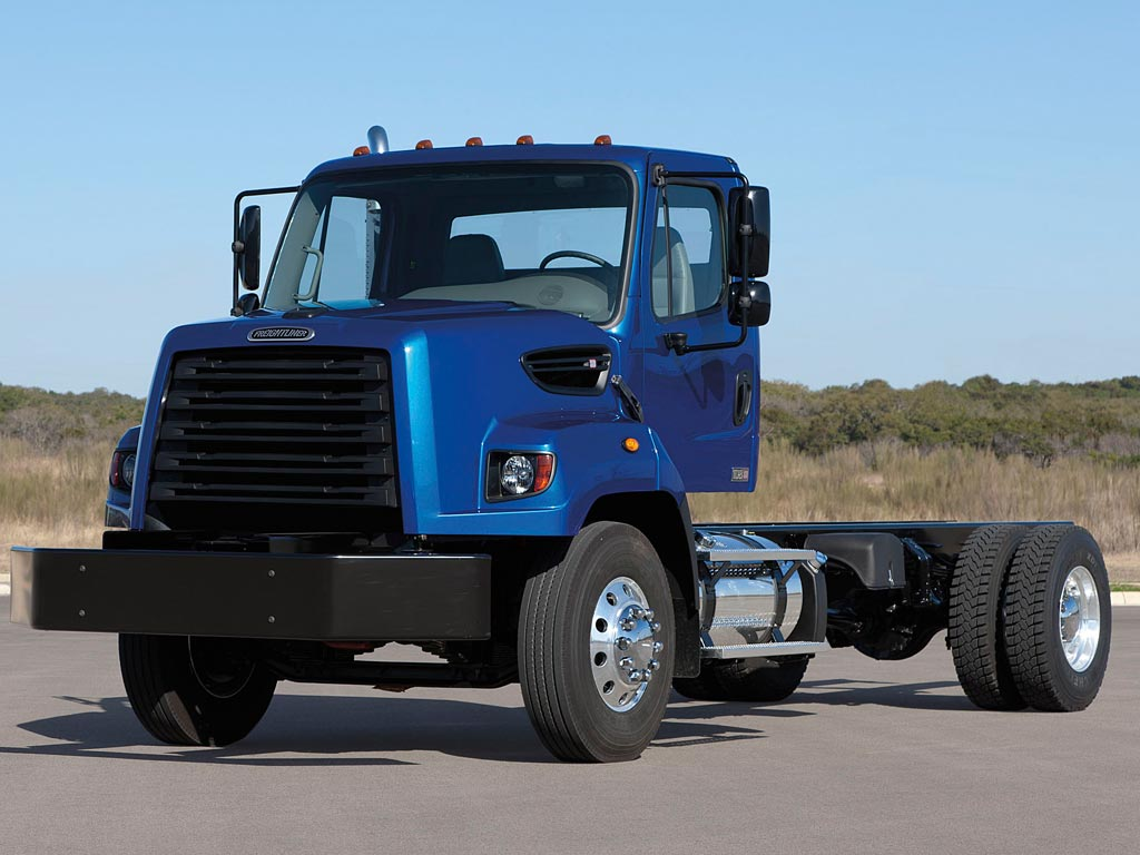 Freightliner 108SD Cab Chassis Truck