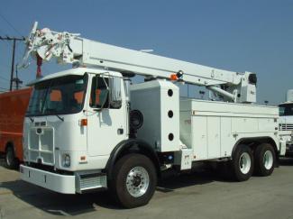 Autocar Expeditor ACX Crane Truck - Streets & Sanitation Truck